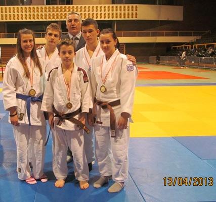 medaljePH_U23_U16split